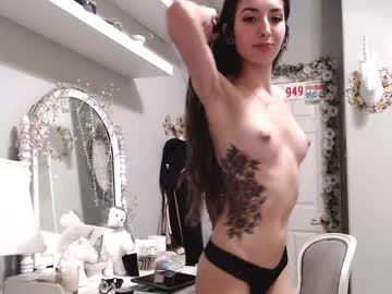 Sexy live cam screenshot of euphoria179's webcam / video chat room